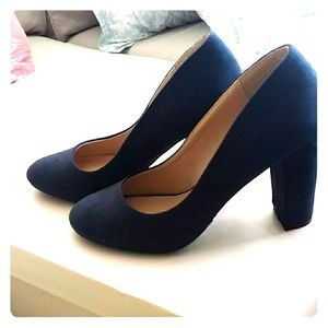 Just Fab Navy Blue Chunky Heel Pumps